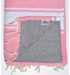 Pink and gray sponge beach towel