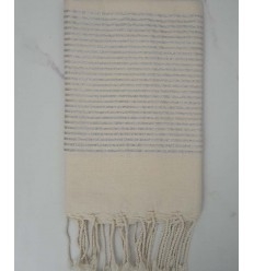 Flat broken white lurex fouta