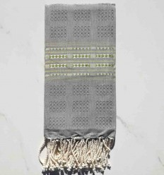 Fouta thalasso with olive green motifs
