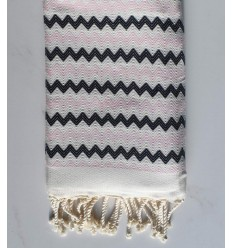 Beach towel zigzag White, very light pink and black