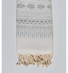 Beach towel khomsa white with silver lurex thread