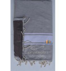 Embroidered sponge beach towel les graniers saint-tropez
